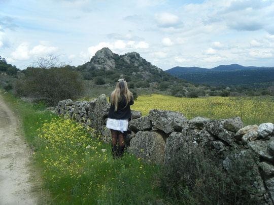 Admirando el paisaje.