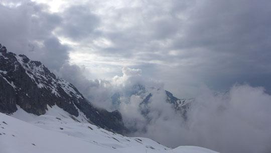 Über das Zugspitzplatt/den Gletscher zu Sonnalpin