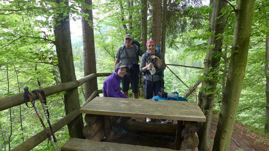 Nach 1300 km die ersten Fernwanderer, 2 Mädels auf dem Weg von München nach Bregenz, toll!,