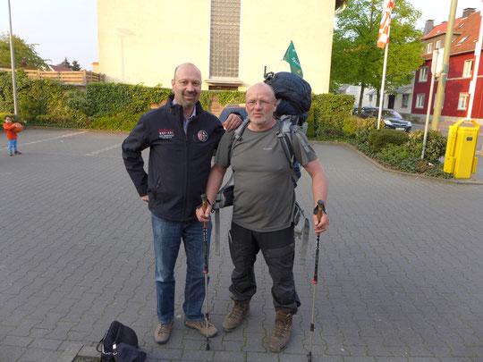 "Schwager Wolfgang bringt Nachscub aus dem ""Basislager"" nach Osnabrück. Danke!"