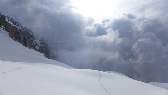 Danke Dirk für Deine Einschätzung der Schneeverhältnisse, den Schnellkurs :-) und Deine Schneeschuhe, haben mir an diesem Tag das Leben leichter gemacht