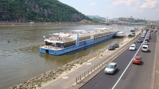 Am Donauufer