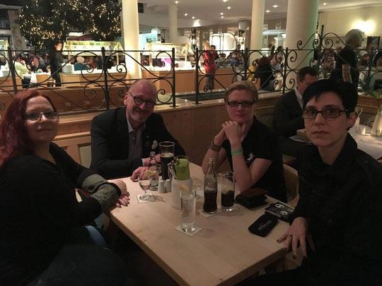 Dyleila Obscura, Kai Brodersen, Simon Rhys Beck, Justin C. Skylark (v. l. n. r.)