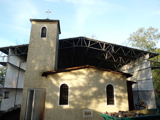 Schloß Holte, Lagerkirche auf dem Gelände der heutigen Polizeischule. Errichtung einer Winterbauhalle als Kassettendach.
