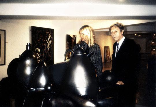 Avec Emile Veranneman devant une oeuvre de Botero.