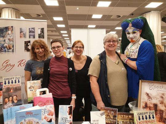 von links nach rechts: Ilona, Sitala, Caro, Mia, Schwester Irulan