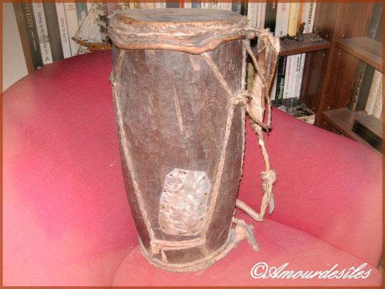 Un tam-tam qui a des centaines d'années !