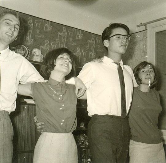 1964, on s'essaye au sirtaki...
