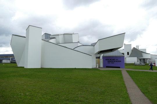 """Vitra Design Museum"" architecte Frank Gehry, 1989"