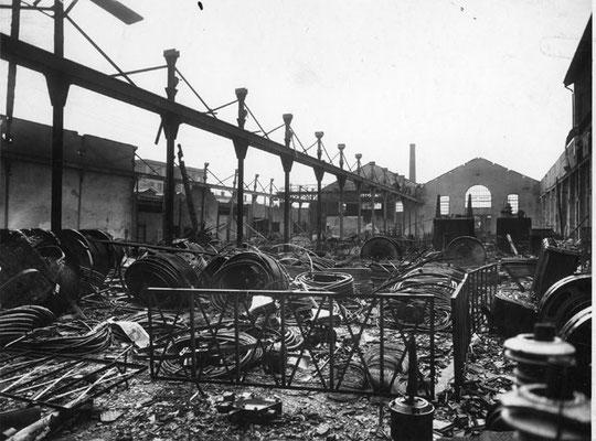 Usine des Cables de Lyon détruite par les bombardements