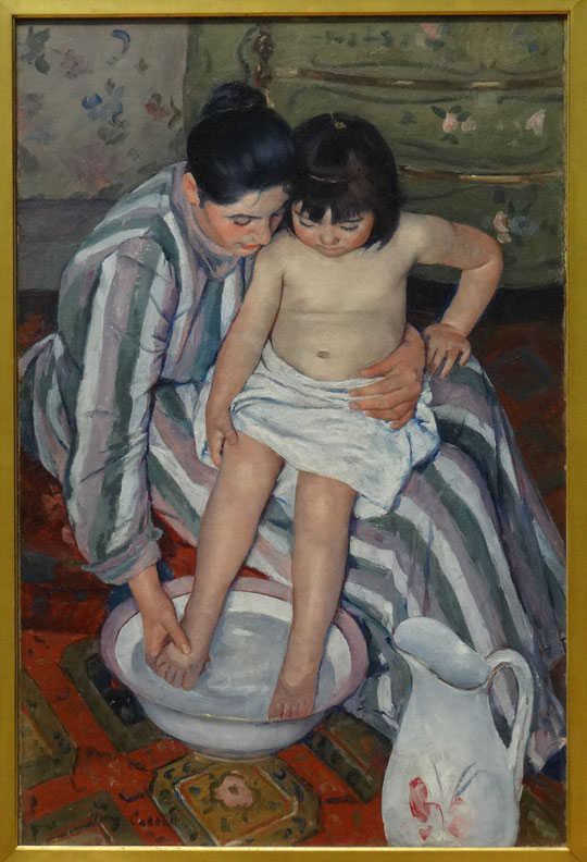 Mary Cassatt : the child's bath