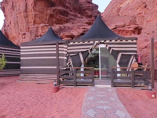 notre tente, la seconde est pour la salle de bain (photo Annie Bentolila)