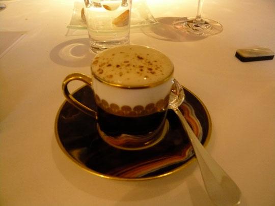 cappuccino de petits pois et huile d'olive Baena