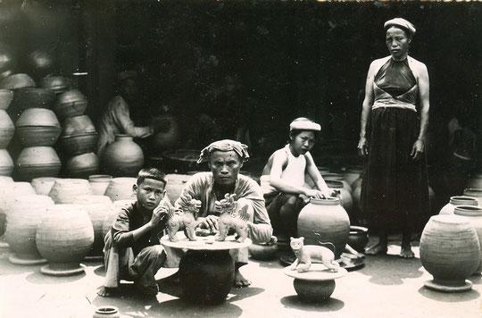 un atelier de poterie (Ha Tinh)