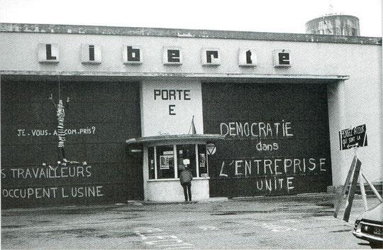 """En 1968 comme en 1945 l'enseigne """"berliet"""" est devenue """"liberté"""" son anagramme"""