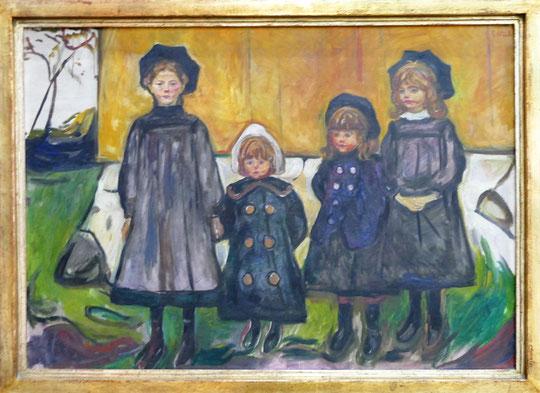 E. Munch : quatre filles à Aasgardstrand, 1902