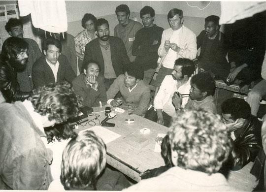 Avec des grévistes, tunisiens pour la plupart, en 1975