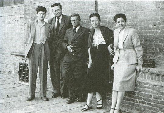 1952: Jean-Marie Queneau, Raymond Queneau, Jean-Paul Sartre, Simone de Beauvoir et Janine Kahn-Queneau
