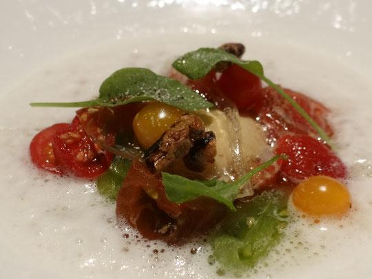 """""""Les meilleures"""" tomates du monde dans une émulsion de tomates et soja"""