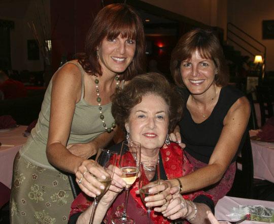 2008, Liliane Heimendinger fête ses 80 ans avec ses filles