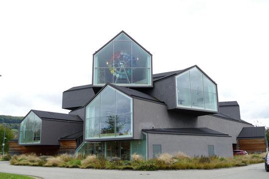 """""""VitraHaus"""" magasin d'exposition de la marque, architectes Herzog & de Meuron, 2010"""