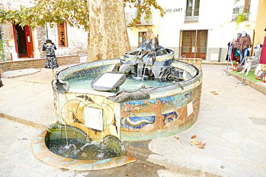 la fontaine de la sardane de la paix de Picasso