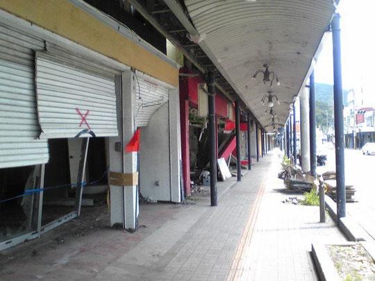 2011年7月6日に訪れた釜石市沿岸部の商店街