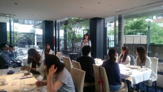 関西ユアブリッジランチ会はクロスホテル大阪3階レストラン グラマラスクロス で毎月第3金曜開催しています。