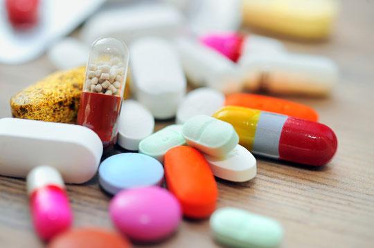 薬と腎の弱体化