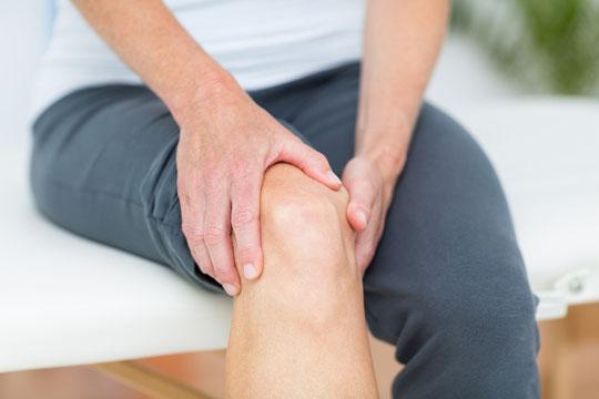 膝痛もおまかせください 江坂・山本鍼灸院