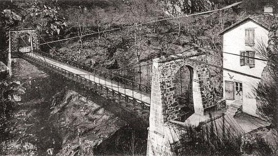 Ancien pont de Merle
