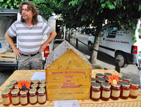 Jacques PAIR apiculteur