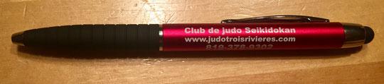 Crayon à encre noir avec stylet. Prix 3$ en vente au dojo Seikidokan