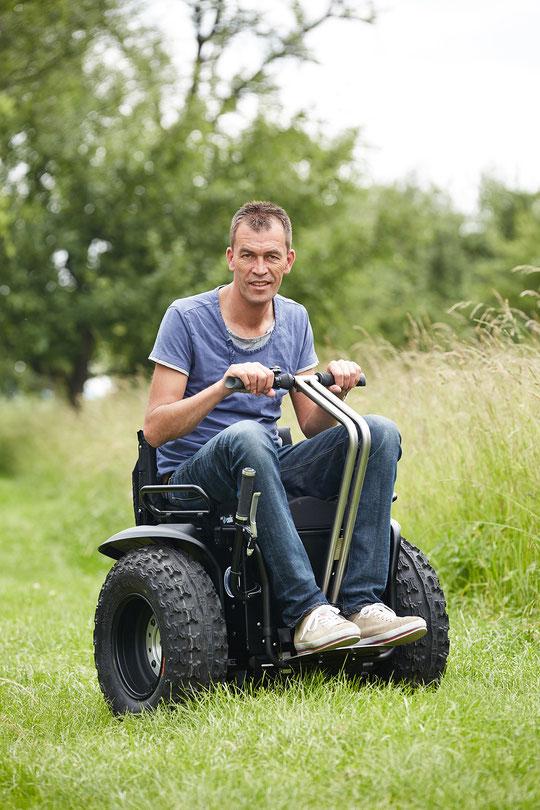 Sitting Bull Elektro-Rollstuhl-Segway X2SE 2014
