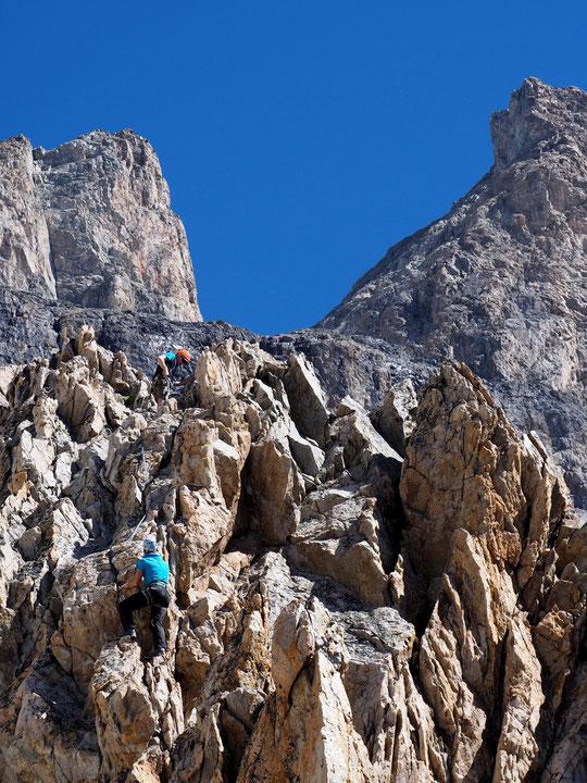 Alex est en formation à l'Afrat à Autrans pour devenir accompagnateur en montagne. Il a choisi de faire une semaine de stage au Promontoire. Hier pour son dernier jour il est monté observer l'impressionnnante face Sud. Merci Alex, à bientôt !