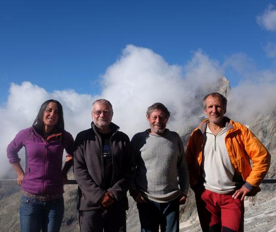 Pour saluer les 50 ans du Promontoire, nous avons  la visite depuis hier soir de Bernard Héritier, président du Parc National des Ecrins accompagné de François Labande, alpiniste, auteur de topos et admistarteur du Parc national. Merci à eux !