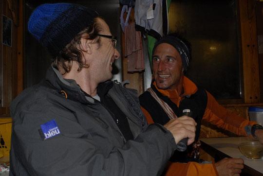 Christophe Chardon (France Bleu Isère) pour des interview à 3h du matin, au départ des cordées !