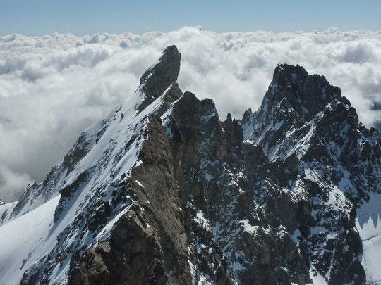 """""""Arriver au Grand Pic est toujours une joie, un """"moment"""", et de là, voir les arêtes est toujours un émerveillement.""""  Gaston Rébuffat"""