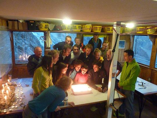 Et le 28 août 2012 nous avons soufflé, au Promontoire,  les 100 bougies de cette grande première ....