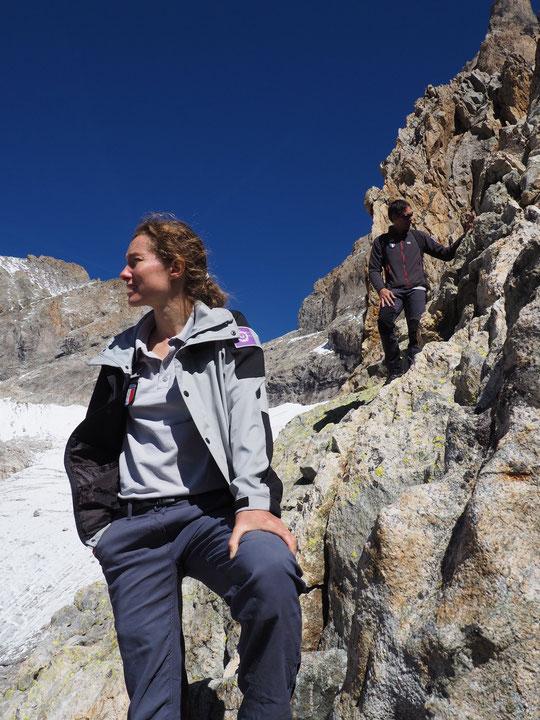 Nous avons eu des échanges bien intéressants, à 3100m, avec les agents du Parc National des Écrins et les géologues sur les différentes techniques envisageables pour sécuriser le refuge en préservant au mieux le milieu naturel. Merci à vous !