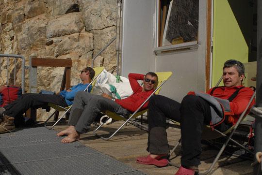 Hier après midi, c'était solarium et sieste, sur la terrasse du Promontoire, mais...