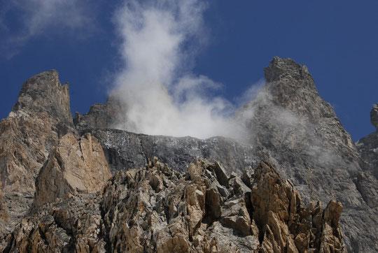 Quand le glacier Carré fume... (hier après midi).