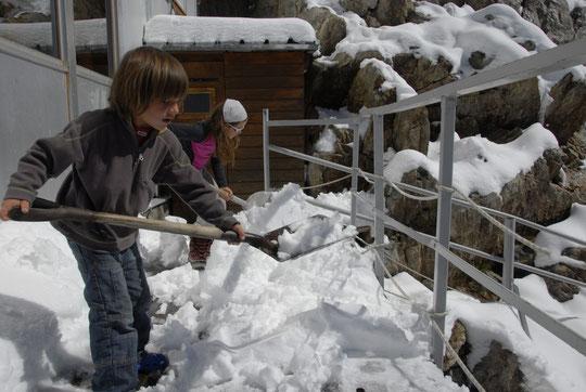 Au Promontoire, ils font même travailler les enfants !