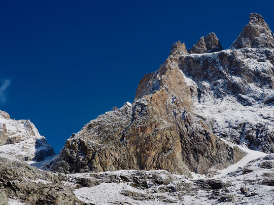 Refuge incroyablement perché, à 3100m. Là haut on vit un autre monde.