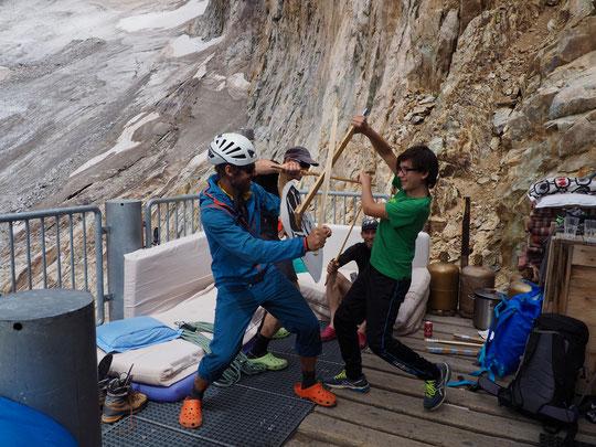 Pendant 10 années les enfants des gardiens ont accueilli les cordées d'alpinistes...