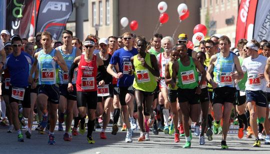Start zum Halbmarathon (www.allgaeu-ausdauer.de / Ralf Lienert)