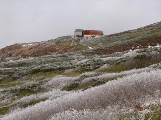 新旧羊蹄山避難小屋