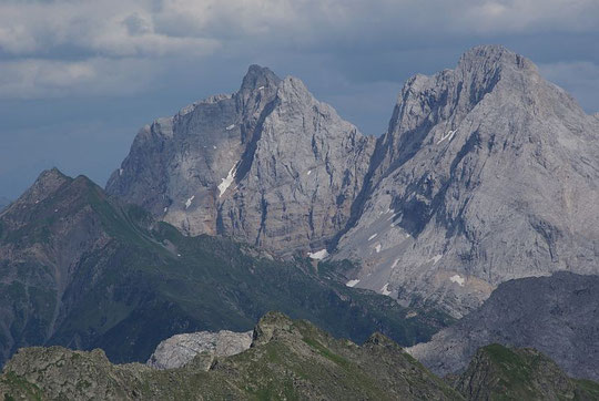 Blick von der Raudenspitze zum Rauchkofel, Kellerspitzen und Hohe Warte (von links nach rechts)