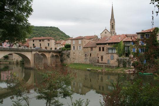 Saint Antonin Noble Val (82), canoë sur l'Aveyron