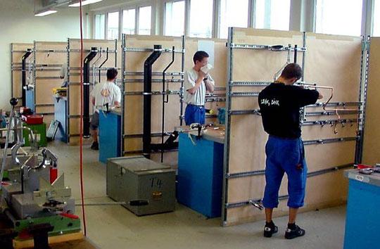 Lernende im BBZ Suissetec in Zollikofen